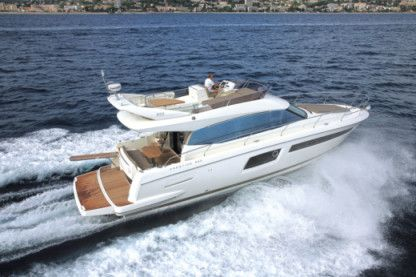 Rental Motorboat Jeanneau Prestige 500 Fly Cogolin