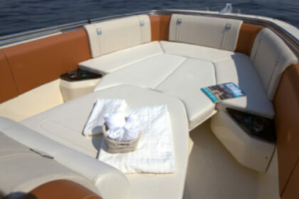 Hire Motorboat Invictus FX 270 Cala d'Or
