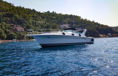 Charter Motorboat Riviera Open 40 Pieds Cannes