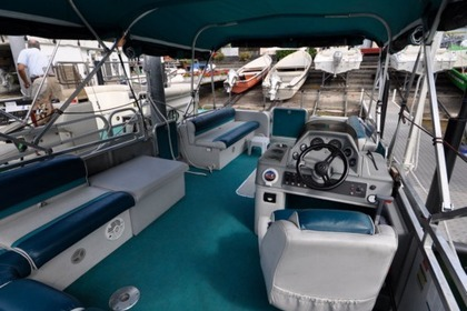 Rental Motorboat Pontoon Tracker 115CV Lugano