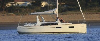 Location Catamaran Beneteau Oceanis 35 Port Mahon