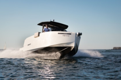Hire Motorboat Deantonio Yatch D28 Explorer Bilbao