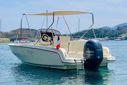 Hire Motorboat Invictus 200 FX Saint-Cyprien