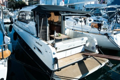 Charter Motorboat Quicksilver Quicksilver 855 Weekend Zadar