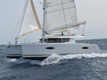 Rental Catamaran Fountaine Pajot Helia 44 Maestro Cogolin