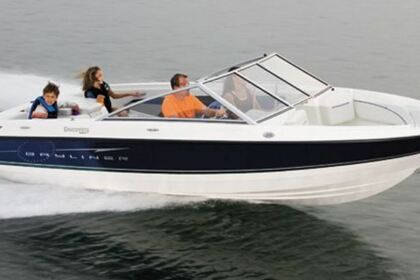 Hire Motorboat Bayliner Discovery 195 Traverse City