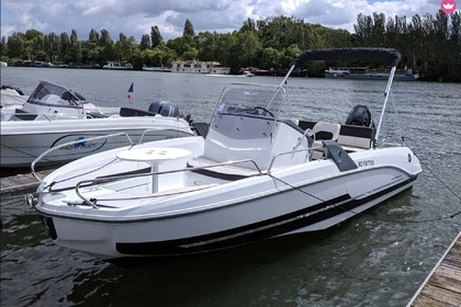 Rental Motorboat Beneteau Flyer 6.6 Spacedeck Paris