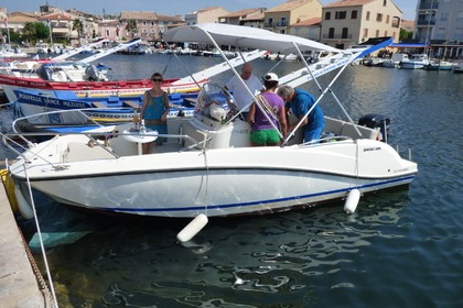 Hire Motorboat BRUNSWICK MARINE IN EMEA ACTIV 605 OPEN Agde