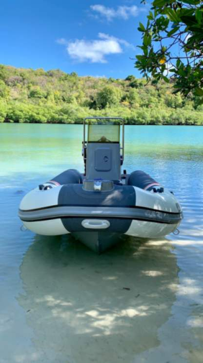 Rental Motorboat 3D Tender 460 Stealth Rib Aluminium Fort-de-France Bay