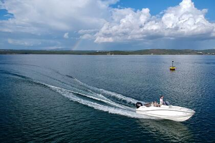 Hire Motorboat Quicksilver Activ 605 Open Šibenik