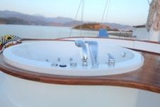 Sailboat Gulet Berrak for hire
