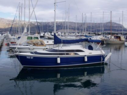 Charter Sailboat Macgregor 26M Split