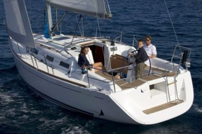 Charter Sailboat Dufour Dufour 325 Grand Large La Rochelle