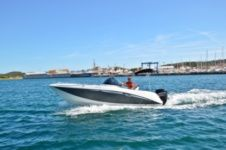 Motorboat Galeon Galia 630 for rental