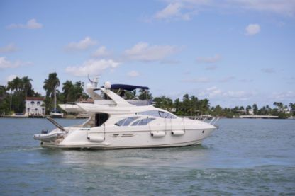Charter Motorboat Azimut 50 Flybridge Miami