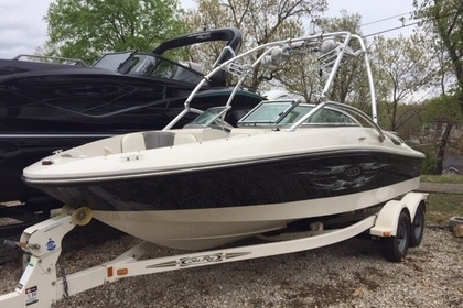 Hire Motorboat Sea Ray 195 Sport Kelowna