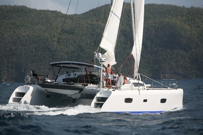 Hire Catamaran Marsaudon TS 52.8 Saint-Florent