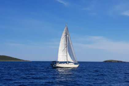 Hire Sailboat samo nautica samoric 41 Saint-Florent