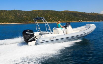 Location Semi-rigide Blackfin Elegance 8 Ibiza