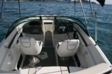 Motorboat Sea Ray 190 Sport for hire