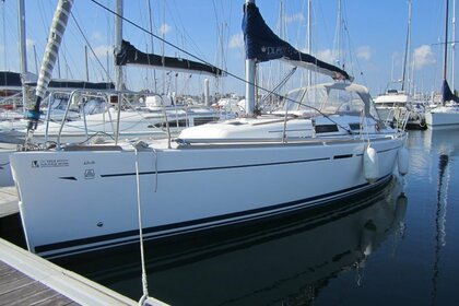 Rental Sailboat Dufour 34 Saint-Quay-Portrieux