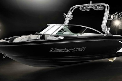 Hire Motorboat Mastercraft X15 Peoria