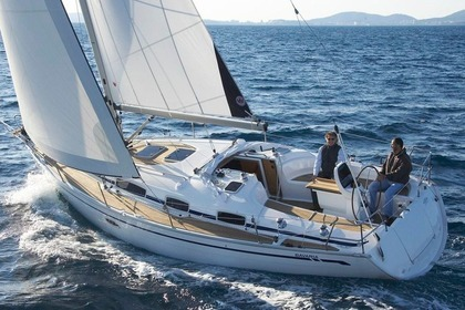 Hire Sailboat BAVARIA 38 Sporades