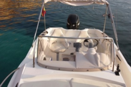 Verhuur Motorboot Quicksilver 635 Commander Ibiza