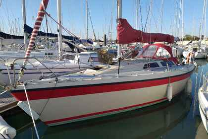 Hire Sailboat ETAP 30 La Rochelle