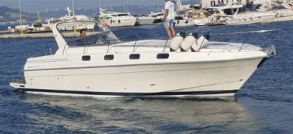 Rental Motorboat Fiart 35 Genius Naples