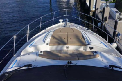 Charter Motorboat Sea Ray sea ray London