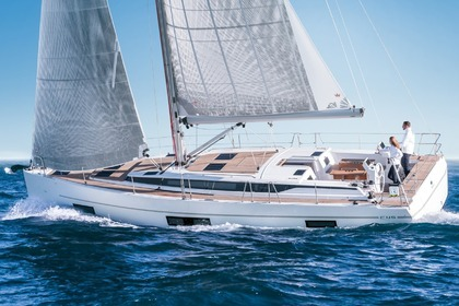 Charter Sailboat Bavaria C45 Athens