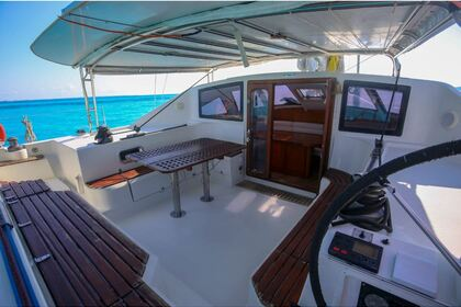 Charter Catamaran Fountaine Pajot 45 Cancún
