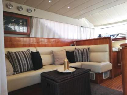 Rental Motorboat Azimut 45 Fly Terracina