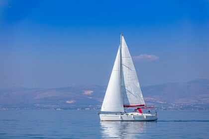 Charter Sailboat BENETEAU CYCLADES 43.3 Split