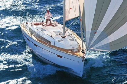 Hire Sailboat Bavaria 41 Cruiser Pula