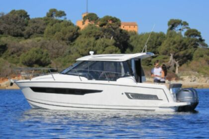 Charter Motorboat merry fisher 895 OFFSHORE Le Grau-du-Roi