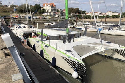 Location Catamaran Day4all Schionning Design Arrow 1500 La Rochelle