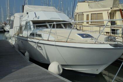 Hire Motorboat Guy Couach 1200 E Valence