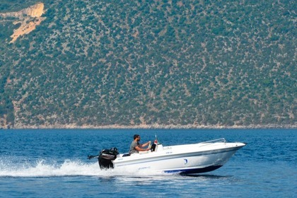 Hire Motorboat Olympic 490 Ithaca