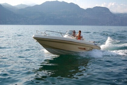 Hire Motorboat RANIERI SHARK 19 Castelletto