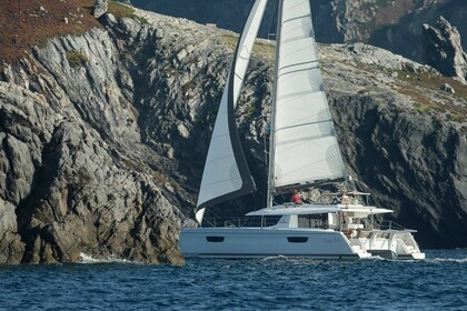 Hire Catamaran Fountaine Pajot Saba 50 Tortola