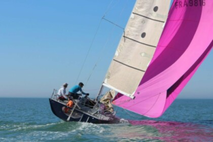 Hire Sailboat Prism 28 Le Havre