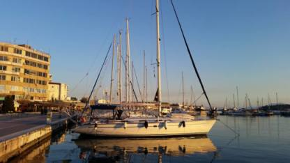 Rental Sailboat Bavaria 47 Sporades