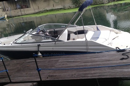 Hire Motorboat REGAL 2000 Bow Rider Villennes-sur-Seine