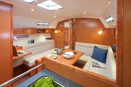 Rental Sailboat Bavaria 36 Cruiser Lisbon