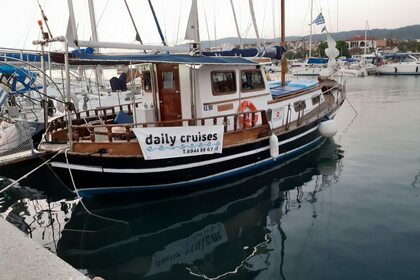 Rental Sailboat Motorboat Traditional Chalkidiki