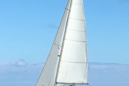 Hire Sailboat DUFOUR 39 Dieppe
