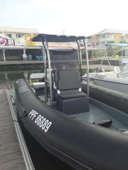 Location Semi-rigide Zodiac Pro 750 Saint-François
