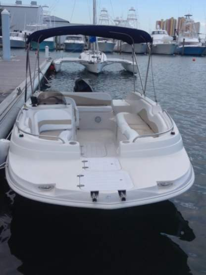 Rental Motorboat Deck Boat 21 Riviera Beach